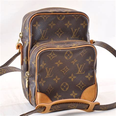 louis vuitton monogram amazon shoulder bag  auth