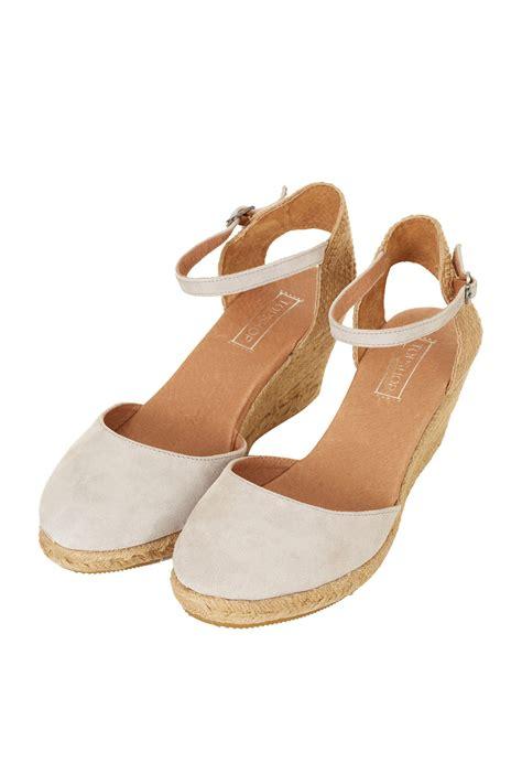 topshop closed toe sandals topshop wade closed toe espadrilles in lyst