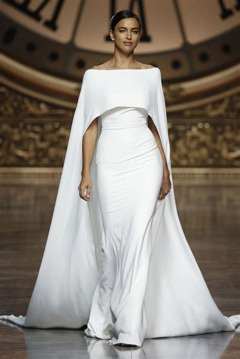 Gamis Crepe India 15 invitadas perfectas con capa quiero una boda perfecta