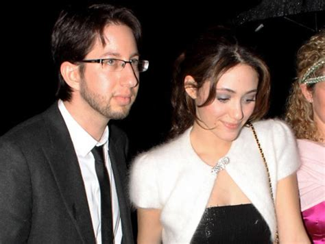 emmy rossum is married to who knew she was married emmy rossum secretly wed justin