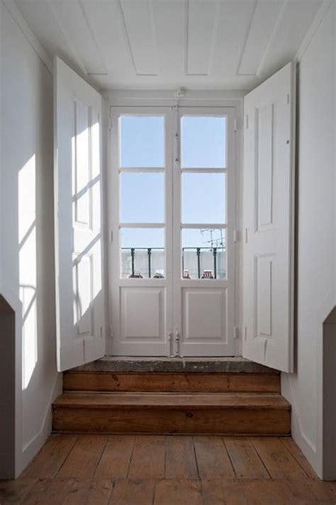 persiane bianche pin di kaitlyn su go portes blanches porte