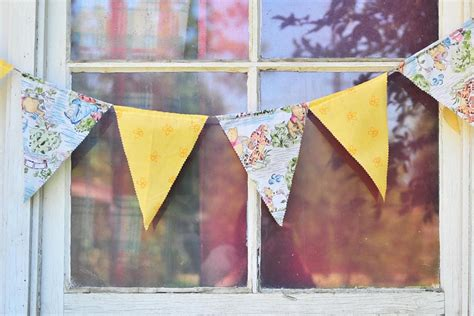 Laris Banner Flag Bunting Flag Custom Diy Do It Yourself bunting banner 27 how to s guide patterns