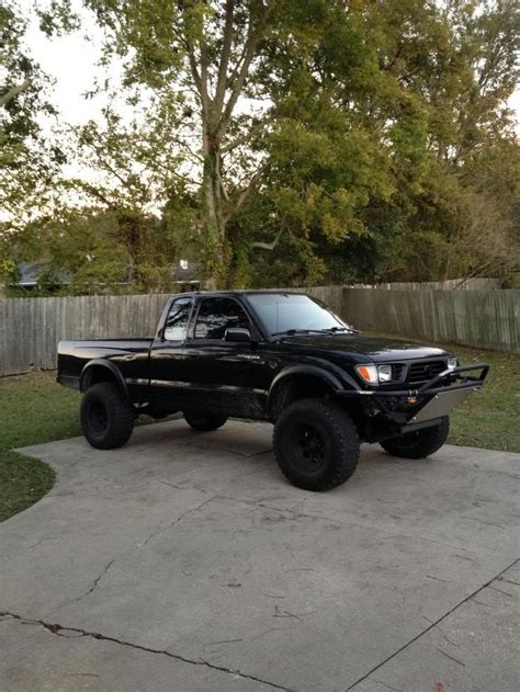 Build A Toyota Tacoma 17 Best Ideas About Tacoma World On Toyota