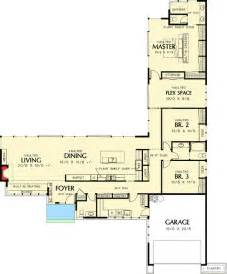 l shaped house floor plans 25 best ideas about l shaped house plans on l