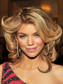 honey colored hair honey and caramel hairstyles