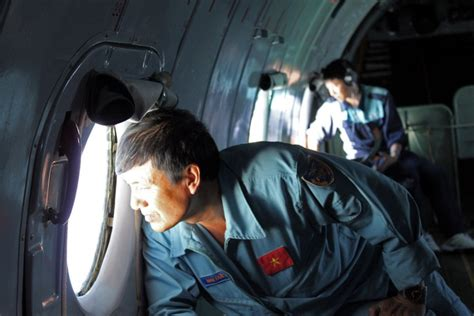 search for malaysia jet homes in on vietnam island malaysia probing possible terror link in jet disappearance