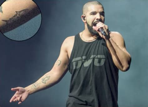 fan love have you seen drake s new tattoo of lil wayne