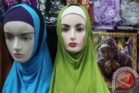Jilbab Zoya Ivan Gunawan Produsen Jilbab Quot Zoya Quot Luncurkan Koleksi Ramadhan Antara
