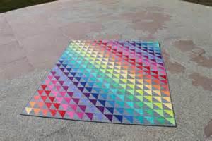 6 stunning rainbow quilt ideas