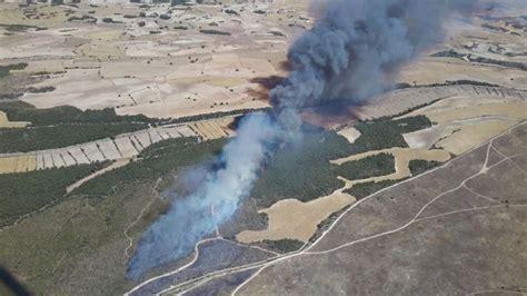 master cadena zuera extinguido el incendio de los montes de zuera en el que