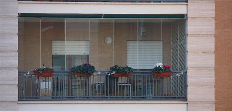 chiusure in vetro per terrazzi chiusure in vetro per balconi tsh service