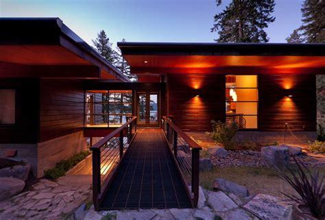 Cabin Bathroom Designs Elegant Coeur D Alene Cabin Blends Lovely Lake Views With