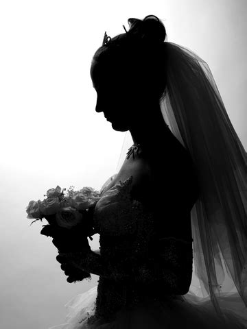 silhouette portraits: trendy yet timeless | traditions