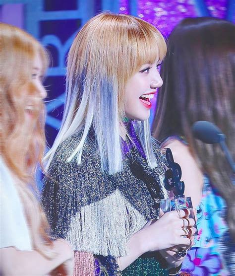 black pink lisa 9 times blackpink lisa changed her hairstyle since debut