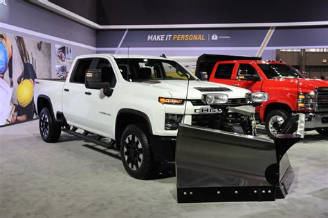 2020 Chevrolet Truck Images by 2020 Gm Hd Bring Snow Plow Package Improvements
