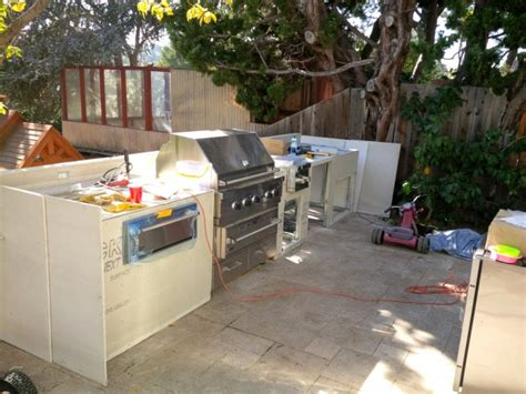 Diy Outdoor Kitchen Frames by Diy Outdoor Kitchen Is This A Project For You Angies List