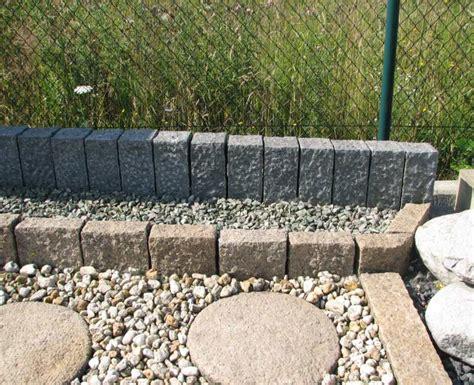Ziersteine Fur Garten palisaden granit garten stelen garten palisade stele
