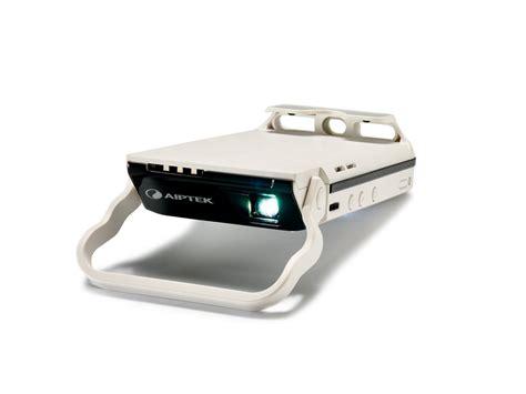 Mini Proyektor Aiptek V50 aiptek international gmbh mobilecinema i60