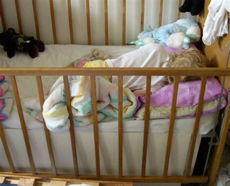 Helping Your Child Transition From A Crib To A Bed Transition From Family Bed To Crib