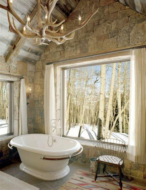 badezimmer mit kronleuchter geweih kronleuchter reiner adel zu hause archzine net