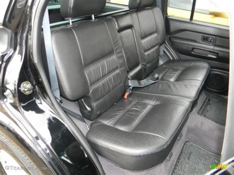 Nissan Pathfinder 2002 Interior by Charcoal Interior 2002 Nissan Pathfinder Se 4x4 Photo