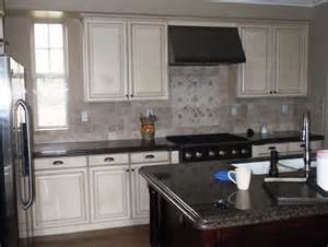 backsplash ideas for white cabinets and black countertops