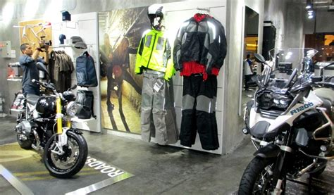 Bmw Motorrad Indonesia Pacific Place by Bmw Motorrad Studio Hadir Di Pasific Place Scbd Gilamotor