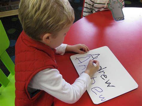 Instructions And Tips On Teaching Your Child To Write Child S Name