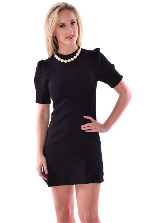 marin plain necklace neck half sleeve dress in black pop