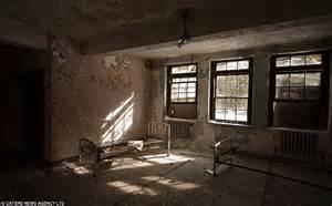 scary room scary empty room