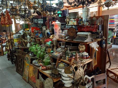 Barang Antik Di Pasar Triwindu eksistensi sejarah di tengah tengah modernitas news