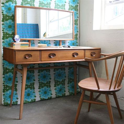 Retro Vanity Table 17 Best Images About Dressing Table On Dressing Table Design Teak And Vintage