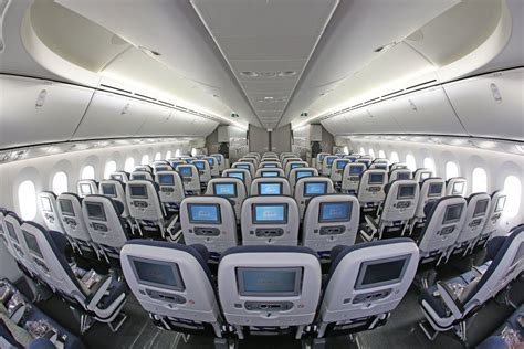 voli interni america interior of world traveller cabin airways 787