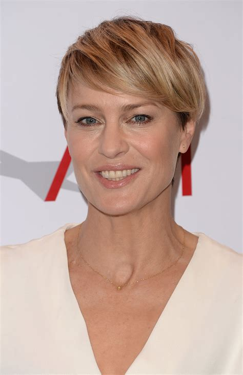 Robin Wright   Do You Look This Good For Lunch Today