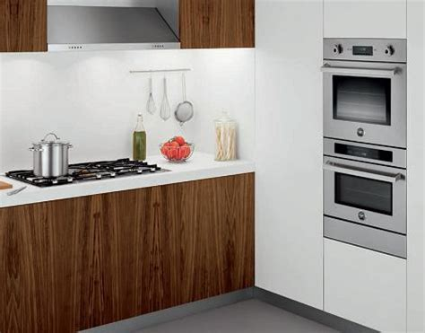 Luxury Cooktops Wall Mounted Ovens A Trendy Alternative To The Classic