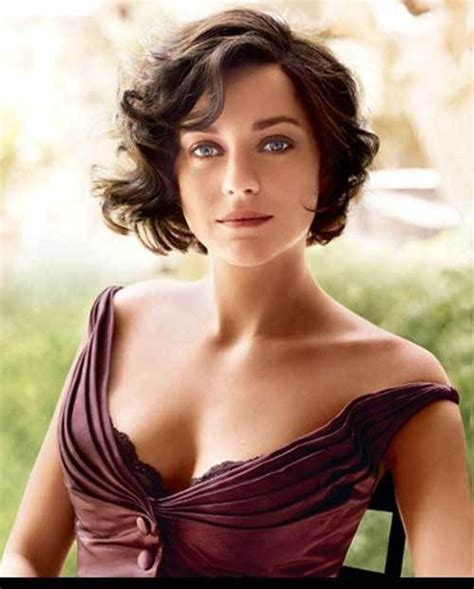on how to do a curly dressy chin lenght hairstyle 50 most delightful short wavy hairstyles curly bob