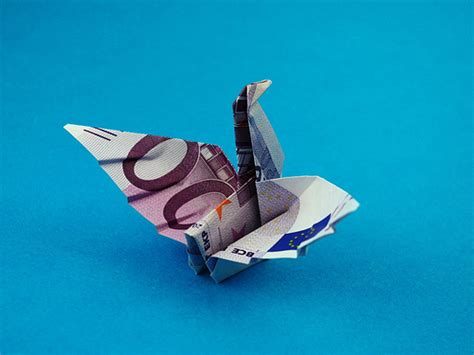 Origami Money Bird - origami swan flickr photo