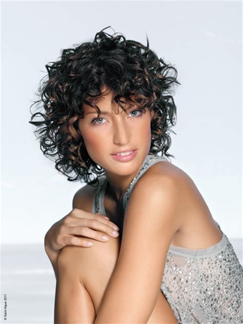 nicole mitchell short curly casual hairstyle 23 best short hair for really thick coarse curly hair
