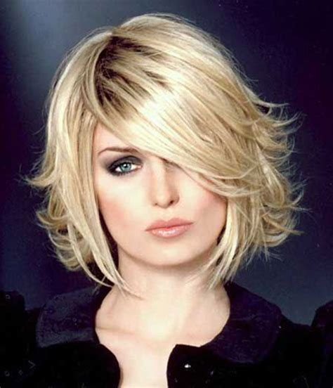 short layered flipped up haircuts capelli 2017 autunno inverno tagli medio corti shag bob foto