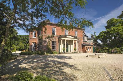 full house for shropshire wedding fayre | shropshire live