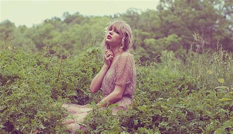 background queue swift 3 taylor swift desktop background 28 by stay strong on
