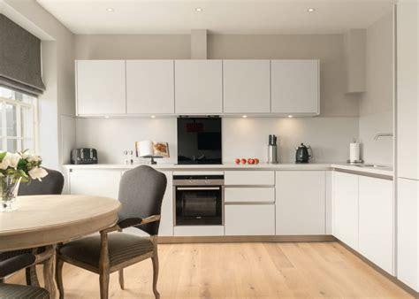soggiorno cucina a vista soggiorno con cucina a vista 6 idee per definire gli spazi
