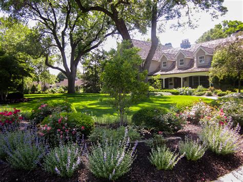 small yard landscaping ideas diy small backyard
