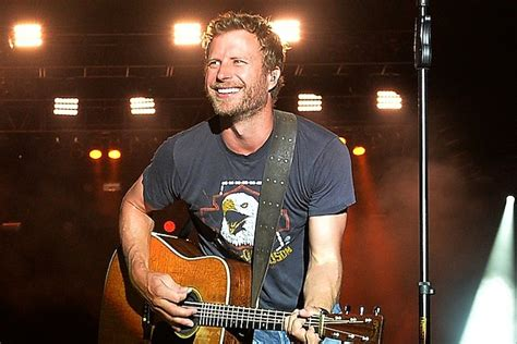 dierks bentley son dierks bentley couldn t imagine wanting anything more