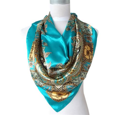 2017 sale satin square silk scarf printed for