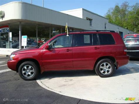 2004 toyota highlander pictures information and specs