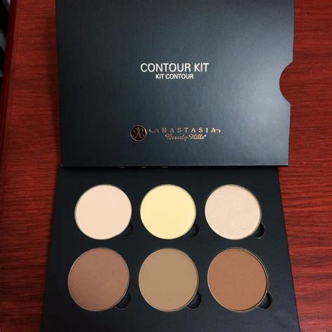 Beverly Contouring Kit beverly contour kit reviews in makeup