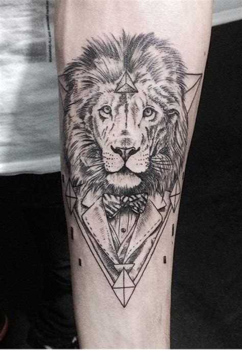 tattoo geometric lion 105 best tattoos lions tigers images on pinterest