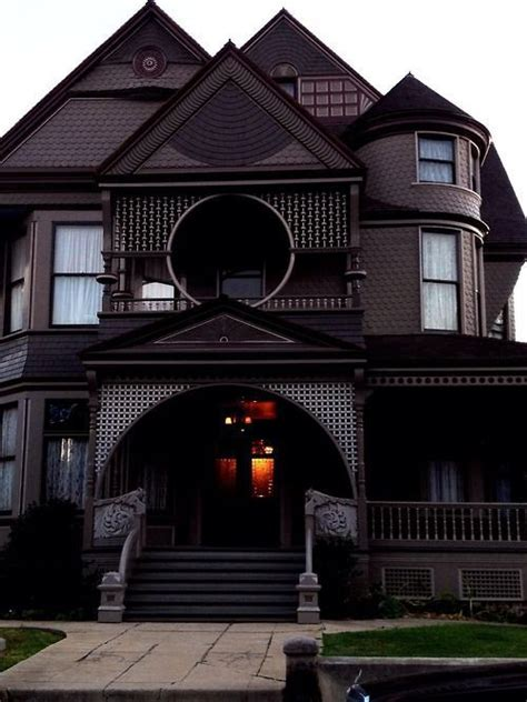 victoria homes design part 25 best 25 gothic house ideas on pinterest gothic home