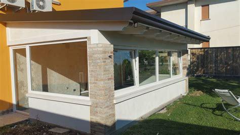 come chiudere una veranda come illuminare una veranda con i serramenti in pvc